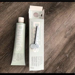 Davids Premium Natural Toothpaste Mint-Peppermint